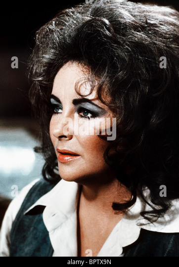 ELIZABETH TAYLOR ACTRESS (1977) - Stock-Bilder