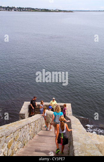 Rhode Island Newport Easton Bay Cliff Walk steps family - Stock Image