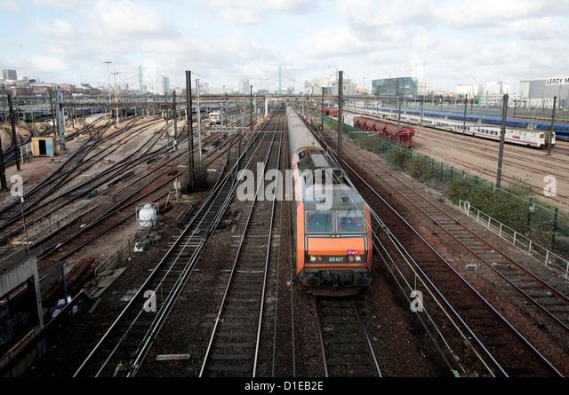 Suburban train, Ivry-sur-Seine, Ile-de-France, France, Europe - Stock Image