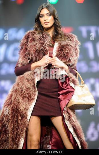 Fake Fur Coat Stock Photos & Fake Fur Coat Stock Images ...