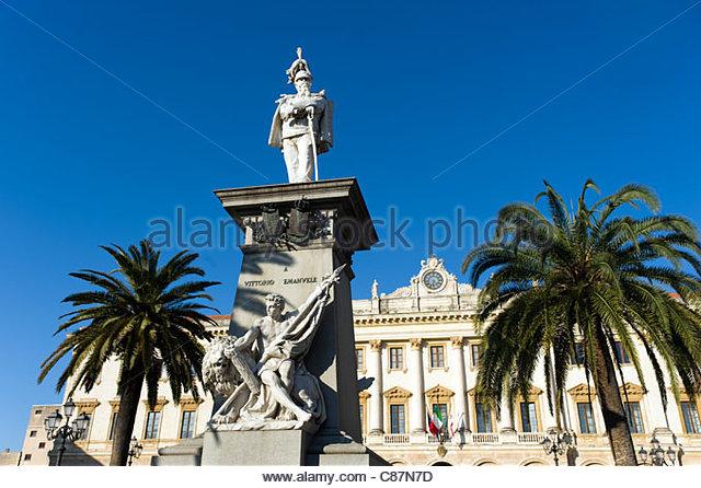 Vittorio Emanuele II monument in Piazza Italia, Sassari, Sardinia, Italy - Stock Image