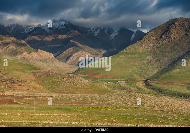 Mountain scenery in Ahmedawa on the border of Iran, Iraq Kurdistan, Iraq, Middle East - Stock Image