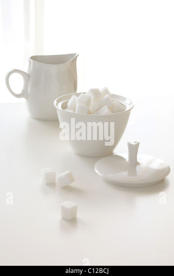 creamer and sugar white coffee tea sugar lump - Stock Image