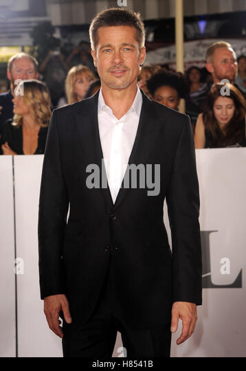 Los Angeles, California, USA. 9th Nov, 2016. Brad Pitt at the Los Angeles premiere of 'Allied' held at the - Stock Image