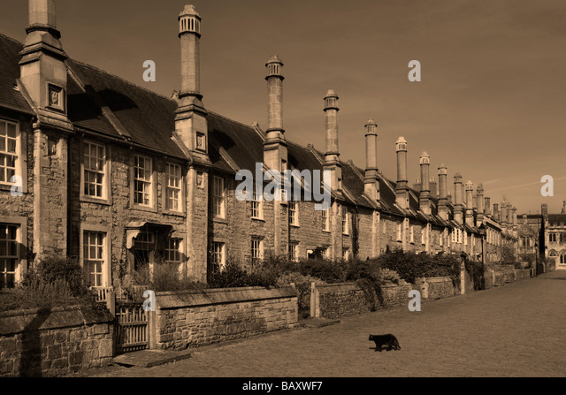 The 14th Century Vicars Walk one of the oldest complete streets in Europe. The City of Wells in Wessex in South - Stock Image