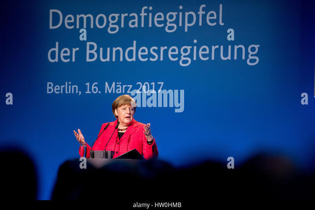 Berlin, Germany. 16th Mar, 2017. German Chancellor Angela Merkel (CDU) speaks at the demographic summit of the federal - Stock-Bilder