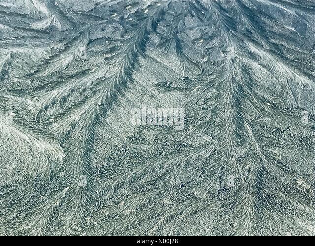 Newton, Swansea, UK. 29th Nov, 2017. Frost on the windscreen of a car in Swansea on the start of a cold winters - Stock Image