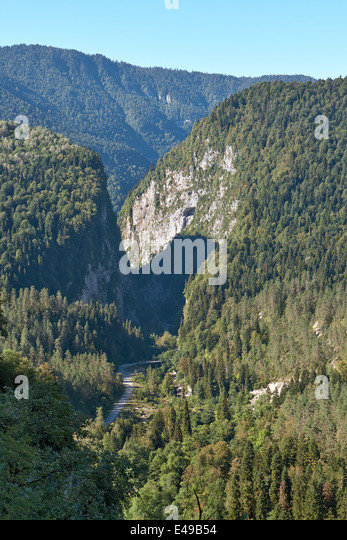 The road in the mountains of Abkhazia - Stock Image