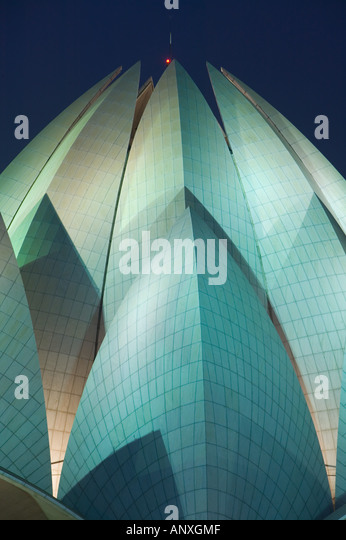 INDIA, Delhi, South East Delhi: Bahai Temple (b.1986) evening - Stock Image