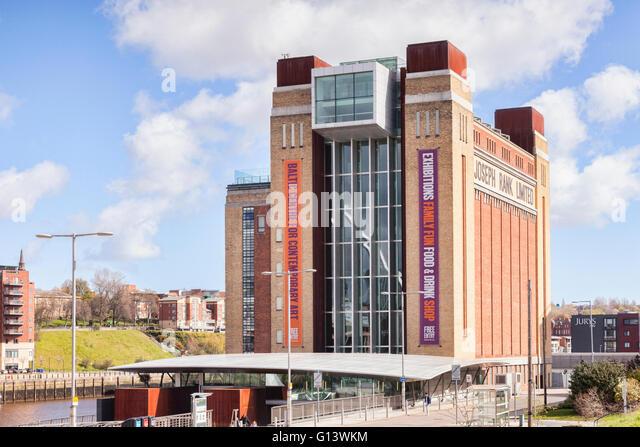 Baltic Centre for Contemporary Art, previously the Baltic Flour Mill,  Gateshead Quays, Tyne and Wear, England, - Stock-Bilder