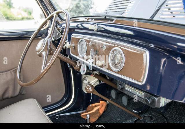 fiat 500 topolino stock photos fiat 500 topolino stock images alamy. Black Bedroom Furniture Sets. Home Design Ideas