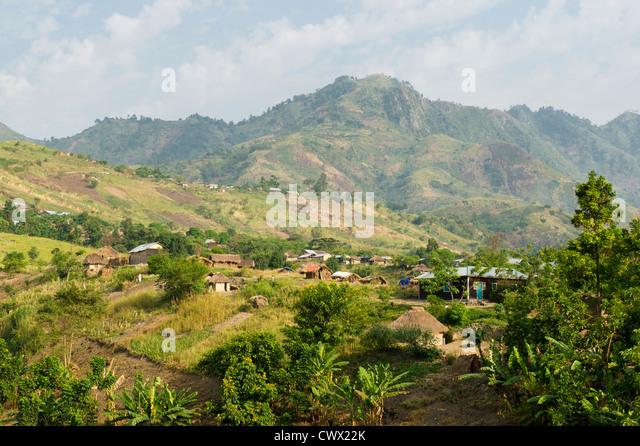 Village near Tonga outside Virunga National Park, DR Congo - Stock-Bilder