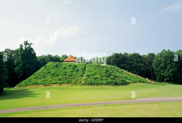American Indian Mississippi Culture prehistoric site known as Moundville in Mound State Indian Monument, Tuscaloosa, - Stock Image