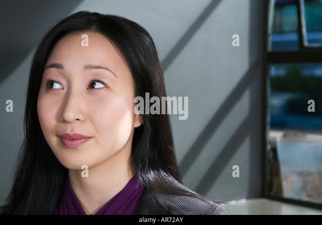 Businesswoman thinking - Stock-Bilder