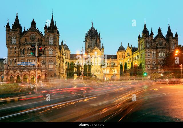 The Chhatrapati Shivaji Terminus, formerly Victoria Terminus in rush hour traffic, central Mumbai, India - Stock Image