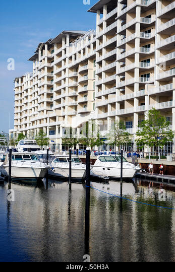 Alabama Orange Beach The Wharf shopping dining entertainment complex marina condominiums Intracoastal Waterway high - Stock Image