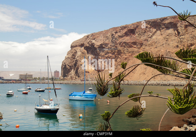 Chile Arica Chilean Coastal Range Avenida Comandante San Martin El Morro de Arica historic landmark water coast - Stock Image