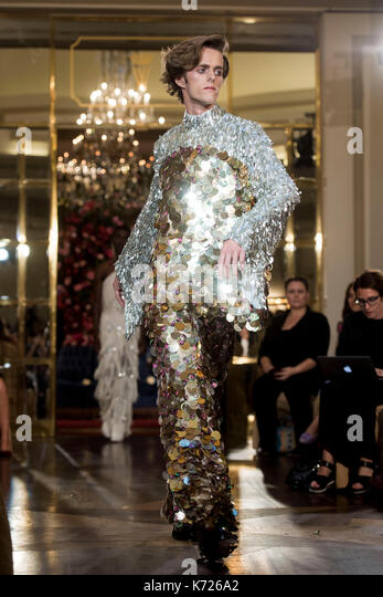 """Madrid, Spain. 14th Sep, 2017. A model wears at collection runway a creation from """" Palomo Spain' during Pasarela - Stock Image"""