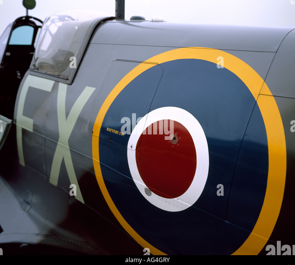 Side view of a Supermarine Spitfire with the RAF roundel on the fuselage. - Stock Image