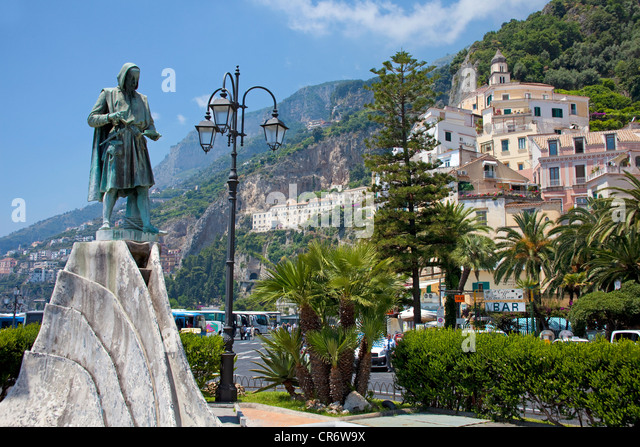 Monument in honor of Flavio Gioia, the inventor of the compass,  village,  Coast, Unesco World Heritage Site - Stock Image