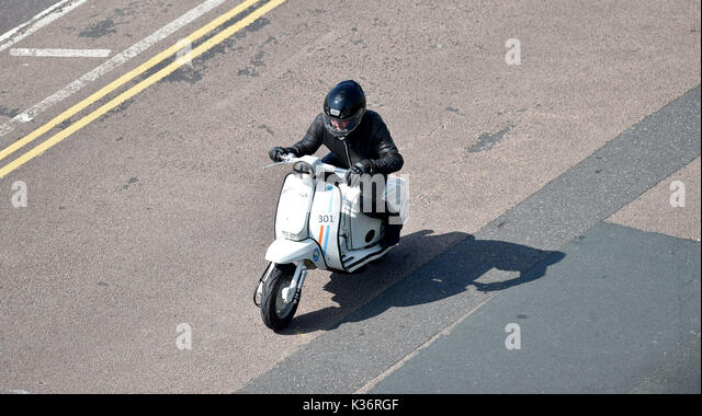 Brighton, UK. 2nd Sep, 2017. A Lambretta scooter at the Brighton Speed Trials held on the seafront . Over two hundred - Stock Image