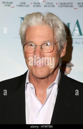 Los Angeles, CA, USA. 5th Apr, 2017. Richard Gere at arrivals for NORMAN Premiere, Linwood Dunn Theater at The Pickford - Stock-Bilder