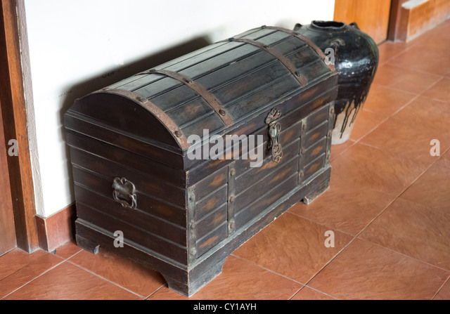 Captains Room Stock Photos amp Captains Room Stock Images  : an antique wooden chest on the floor of a room cy1ayh from www.alamy.com size 640 x 447 jpeg 74kB