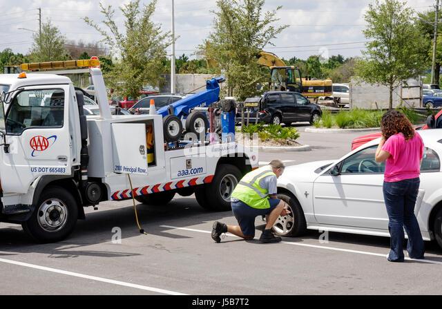 roadside assistance stock photos roadside assistance stock images alamy. Black Bedroom Furniture Sets. Home Design Ideas
