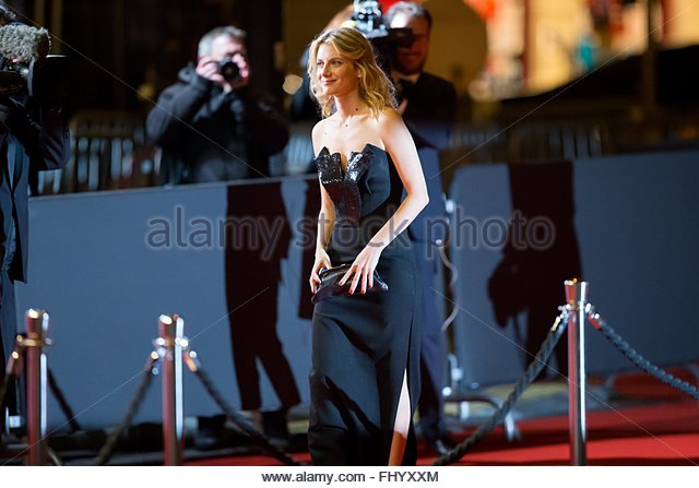 Paris, France. February 26th, 2016. FRANCE, Paris: French actress and director Melanie Laurent walks on the red - Stock Image