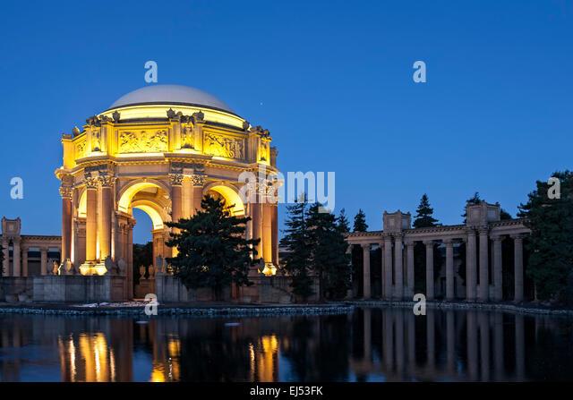 Palace of Fine Arts and Exploratorium at twilight, San Francisco, California USA - Stock Image