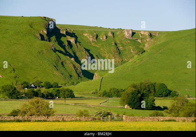 Winnats Pass, Ice Age meltwater gorge cut into reef limestone, Castleton, Peak District National Park, Derbyshire, - Stock Image