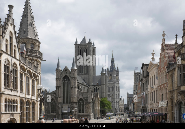 The Old Post Office on the left, St. Nickolas Church and the Belfry beyond, Ghent, Belgium, Europe - Stock Image