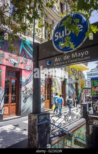 Avenida de Mayo, Graffiti, Metro Station, Buenos Aires, Argentina - Stock Image