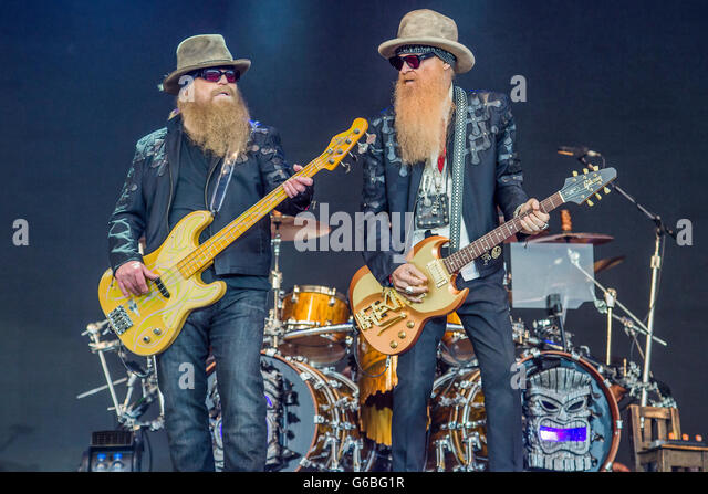 Glastonbury, Somerset, UK. 24th June, 2016. ZZ Top play the Pyramid Stage - The 2016 Glastonbury Festival, Worthy - Stock Image