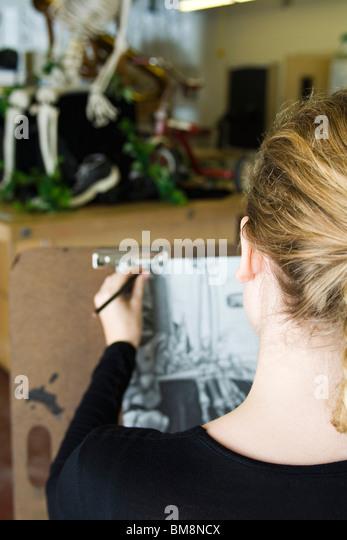 Artist sketching still life drawing - Stock Image