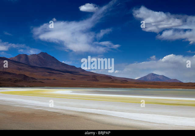 the remote region of high desert, altiplano and volcanoes near Tapaquilcha, Bolivia - Stock Image