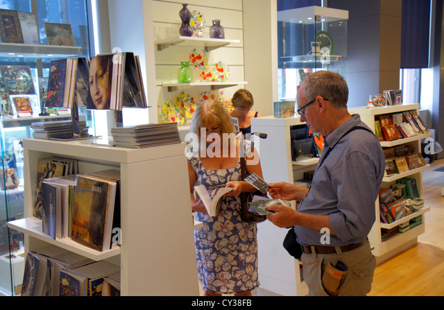 Boston Massachusetts Huntington Avenue Museum of Fine Arts collection art gift shop store books man woman couple - Stock Image