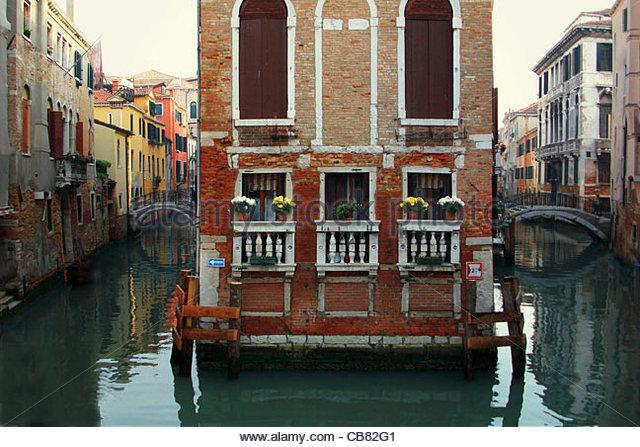 Venice Waterways division - Stock-Bilder