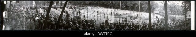Memorial Day celebration World War I WW1 cemetery american historical historic history 1920 - Stock Image