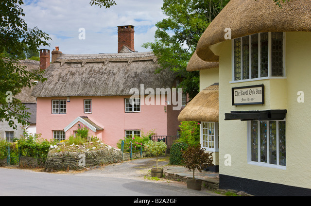 Pretty thatched cottages in the picturesque village of Winsford Exmoor National Park Somerset England - Stock-Bilder