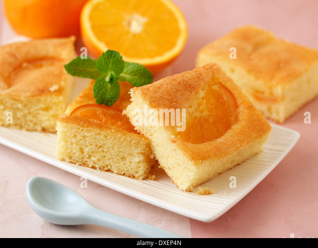 Amaretto Sponge Cake