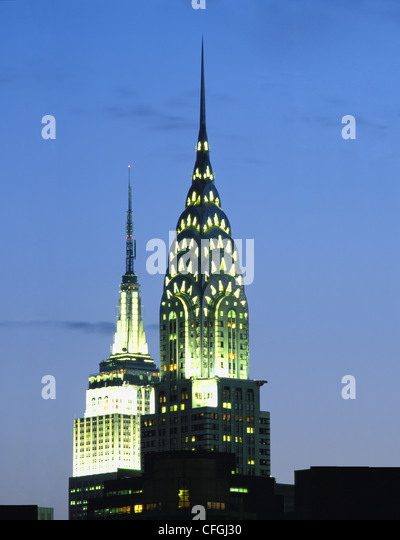 CHRYSLER AND EMPIRE STATE BUILDINGS AT NIGHT, NEW YORK, USA. - Stock Image