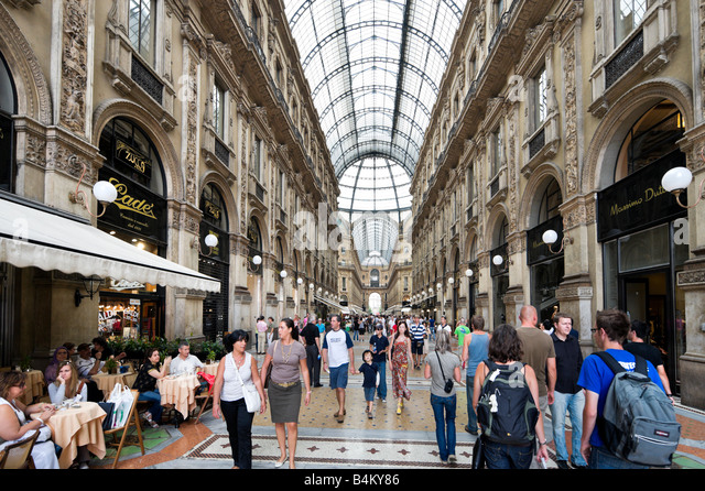 Galleria Vittorio Emmanuele II (designed by Guiseppe Mengoni), Milan, Lombardy, Italy - Stock Image