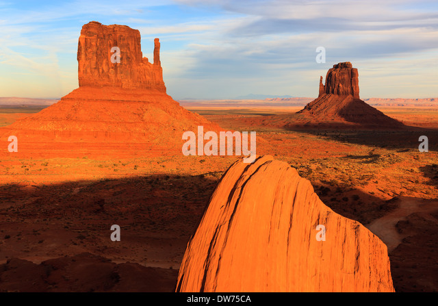 Sunset in Monument Valley Navajo Tribal Park on the border of Utah and Arizona - Stock Image