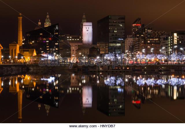 Liverpool Waterfront Night Stock Photos & Liverpool ...