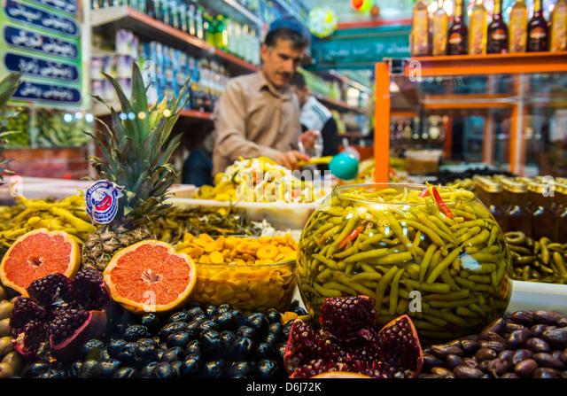 Kurdish food in the Bazaar of Sulaymaniyah, Iraq Kurdistan, Iraq, Middle East - Stock-Bilder