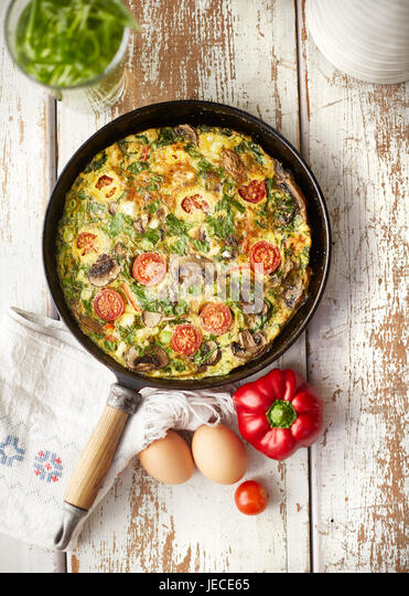 Tomato and mushroom frittata - Stock Image