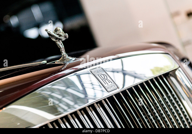 rolls royce bonnet mascot stock photos rolls royce. Black Bedroom Furniture Sets. Home Design Ideas