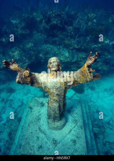 Looking downward at the underwater  Statue of Christ of the Abyss - Stock-Bilder
