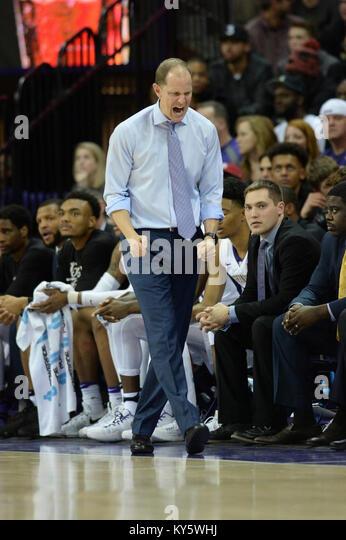 Seattle, WA, USA. 13th Jan, 2018. Washington Head Coach Mike Hopkins showing his intensity during a PAC12 basketball - Stock Image